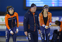 SPEEDSKATING: Calgary, The Olympic Oval, 07-02-2020, ISU World Cup Speed Skating, Femke Kok (NED), Henk Hospes (coach Gewest Fryslân), Melissa Wijfje (NED), ©foto Martin de Jong