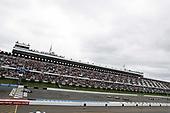 Alexander Rossi, Andretti Autosport Honda leads the restart