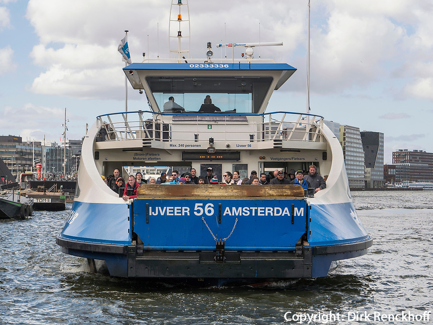 Hafenfähre, Amsterdam, Provinz Nordholland, Niederlande<br /> harbor ferry, Amsterdam, Province North Holland, Netherlands