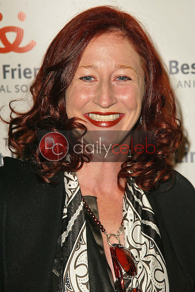 Vicki Lewis<br />