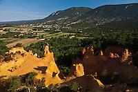 Europe/France/Provence-Alpes-Côte d'Azur/84/Vaucluse/Lubéron/Rustrel: Colorado Provençal