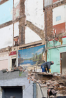 Large mural of picturesque lake exposed by buildings demolition<br />