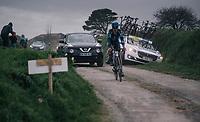 useless team car<br /> <br /> 35th Tro Bro Leon 2018<br /> 1 Day Race: Le Carpont - Lannilis (FRA/203km)