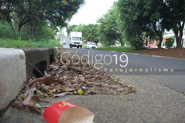 Campinas (SP), 20/01/2020 - ALAGAMENGO-SP - Boca de lobo obstruída na avenida Washington Luis na Vila Marieta em Campinas nesta segunda-feira (20).