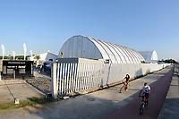 Rio de Janeiro (RJ), 30/04/2020 - Covid-19-Rio -  Hospital de Campanha RJ - Montagem do hospital de campanha de Jacarepagua para tratar pacientes de coronavirus. Os 200 leitos serao erguidos no espaco onde ficava o Parque dos Atletas.,zona oeste da cidade do Rio de Janeiro, nesta quinta-feira (30) (Foto: Alexandre Durao/Codigo 19/Codigo 19)