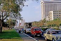 Philippines: Manila--Roxas Boulevard. Photo '82.