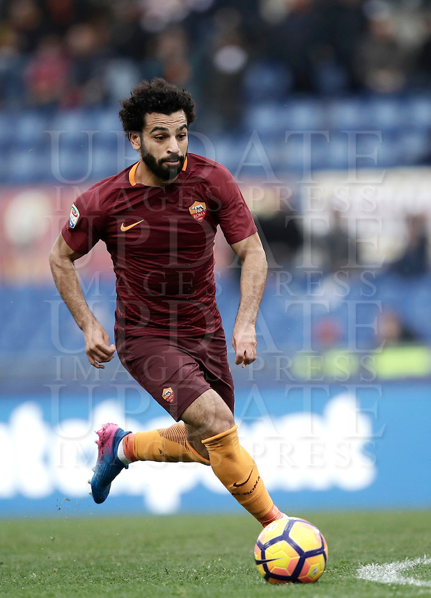 Roma's Mohamed Salah in action during the Italian Serie A football match between Roma and Napoli at Rome's Olympic stadium, 4 March 2017. <br /> UPDATE IMAGES PRESS/Isabella Bonotto
