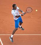 Gael Monfils (FRA) defeats Victor Hanescu (ROU) 6-2, 4-6, 6-4, 6-2