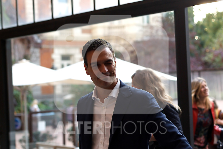 """Madrid,Spain - 16 10 2014- """"politics""""-The Spanish socialist leader Pedro Sanchez upon his arrival at the act for the 40th anniversary of the Suresnes congress (Foto: Guillermo Martinez /Bouza Press)"""