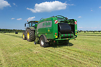 29-5-2021 Contractors baling silage for feeding suckler cows in Rutland<br /> ©Tim Scrivener Photographer 07850 303986<br />      ....Covering Agriculture In The UK....
