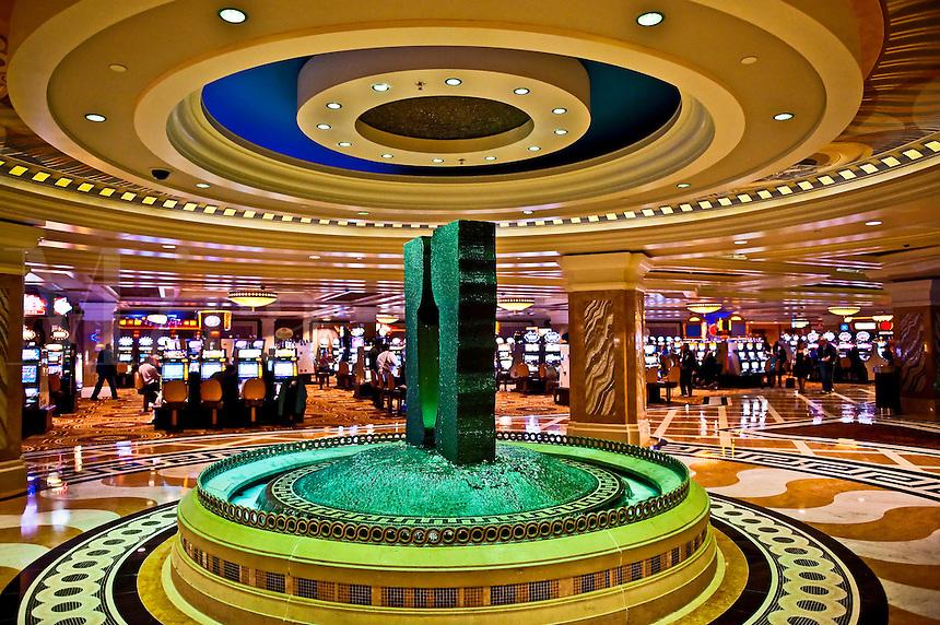 Fountain and slot machines inside Ceasars Trump Plaza, casino, Atlantic City, NJ, New Jersey