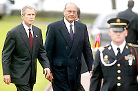 MEMORIAL DAY, GEORGE BUSH & JACQUES CHIRAC IN THE AMERICAN CEMETERY<br /> OF OMAHA BEACH AT COLLEVILLE SUR MER #