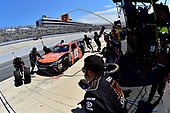 NASCAR XFINITY Series<br /> One Main Financial 200<br /> Dover International Speedway, Dover, DE USA<br /> Saturday 3 June 2017<br /> Matt Tifft, Tunity Toyota Camry, makes a pit stop.<br /> World Copyright: John K Harrelson<br /> LAT Images<br /> ref: Digital Image 17DOV1jh_04800