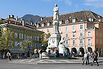 Italy, South Tyrol (Alto Adige) Bolzano: Walther Square or Piazza Walther von der Vogelweide, monument