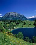 Schweiz, Kanton Uri, Seelisberg: Badesee Seeli mit schneebedecktem Kaiserstock (2.515 m)| Switzerland, Canton Uri, Seelisberg: Seeli lake and snowcovered Kaiserstock mountain (2.515 m)