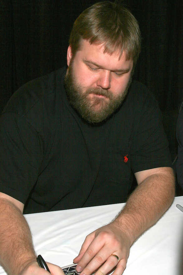 Robert Kirkman Creator of The Waling Dead signing at the Amazing Comic Con in Mesa, AZ Saturday January 8, 2011..Photo by AJ Alexander