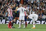 Real Madrid's Pepe and Sergio Ramos and Atletico del Madrid´s Griezmann and Mandzukic during quarterfinal second leg Champions League soccer match at Santiago Bernabeu stadium in Madrid, Spain. April 22, 2015. (ALTERPHOTOS/Victor Blanco)