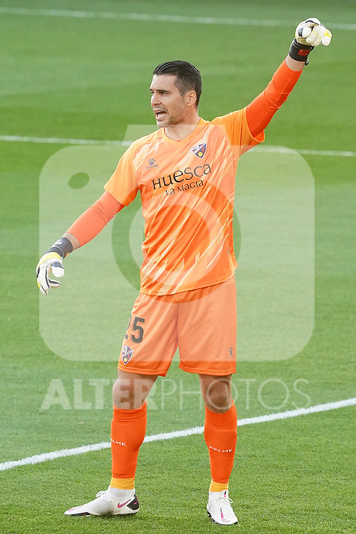 SD Huesca's Andres Fernandez during La Liga match. September 30,2020. (ALTERPHOTOS/Acero)