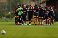 COTIA - BRASIL -21-06-2014. Foto: Roberto Candia / Archivolatino<br /> Jugadores y cuerpo técnico de la selección de fútbol de Colombia realizan su tradicional oración antes del entrenamiento, hoy 21 de junio de 2014, en el centro de entrenamiento de Sao Paulo FC en Cotia como parte de la Copa Mundial de la FIFA Brasil 2014./ Players and coaches of the Colombia national soccer team perform their traditional prayer before training, today June 21 2014, at Sao Paulo Fc training center in Cotia as part of the 2014 FIFA World Cup Brazil. Photo: Roberto Candia / Archivolatino<br /> VizzorImage PROVIDES THE ACCESS TO THIS PHOTOGRAPH ONLY AS A PRESS AND EDITORIAL SERVICE IN COLOMBIA AND NOT IS THE OWNER OF COPYRIGHT; ANOTHER USE IS REPONSABILITY OF THE END USER. NO SALES, NO MERCHANDASING. ALL COPYRIGHT IS ARCHIVOLATINO. Photo: Daniel Jayo / Archivolatino