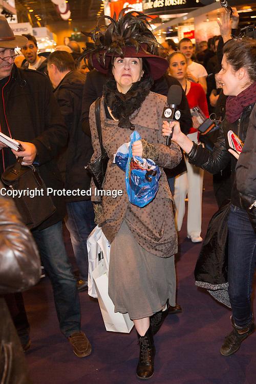 AMELIE NOTHOMB - LIVRE PARIS - SALON DU LIVRE 2016