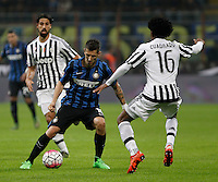 Calcio, Serie A: Inter vs Juventus. Milano, stadio San Siro, 18 ottobre 2015. <br /> FC Inter's Stevan Jovetic, left, is challenged by Juventus' Juan Cuadrado during the Italian Serie A football match between FC Inter and Juventus, at Milan's San Siro stadium, 18 October 2015.<br /> UPDATE IMAGES PRESS/Isabella Bonotto