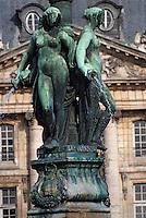 Europe/France/Aquitaine/33/Gironde/Bordeaux: Place de la Bourse et la fontaine des 3 Grâces