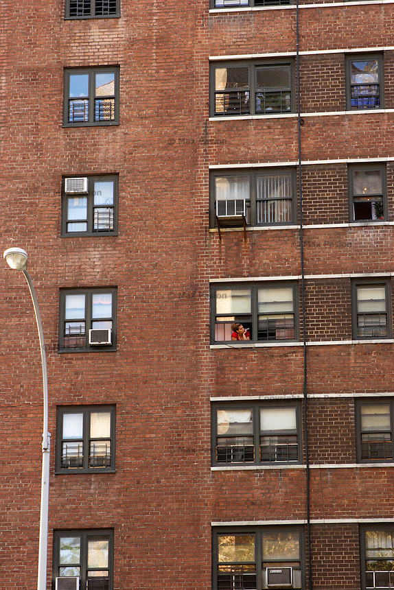 Rutgers Houses, Lower East Side; 10Nov2005