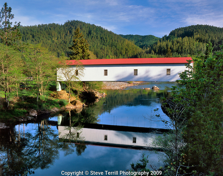 Milo Academy covered bridge over South Umpqua River in Douglas County Oregon