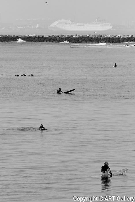 Waiting (b&w), Seal Beach, CA