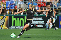 Leslie Osborne. The Los Angeles Sol defeated FC Gold Pride, 2-0, at Buck Shaw Stadium in Santa Clara, CA on May 24, 2009.