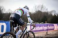 later winner Mathieu Van der Poel (NED/Alpecin Fenix) solo to victory. <br /> <br /> Men Elite Race<br /> UCI Cyclocross Worldcup – Hoogerheide (Netherlands)<br /> <br /> ©kramon
