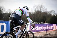 later winner Mathieu Van der Poel (NED/Alpecin Fenix) solo to victory. <br /> <br /> Men Elite Race<br /> UCI Cyclocross Worldcup – Hoogerheide (Netherlands)<br /> <br /> ©kramon