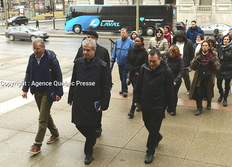 Procession<br /> du Vendredi Saint, 18 avril 2019 - Monseigneur Lepine<br /> <br /> <br /> <br /> PHOTO : Agence Quebec Presse