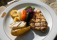 Restaurant im Hotel Villa Maya am Peten-Itza-See, Guatemala