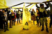 Voluntarios de greenpeace se manifiestan en Villar de Cañas, en Cuenca contra la posible construcción de un almacen de residuos nucleares, ATC el domingo 12 de febrero 2012. <br /> Greenpeace volunteers are manifested against the possible construction of a nuclear waste storage, in Villar de Cañas, near Cuenca, on February  12, 2012.(c) GREENPEACE HANDOUT/PEDRO ARMESTRE- NO SALES - NO ARCHIVES - EDITORIAL USE ONLY - FREE USE ONLY FOR 14 DAYS AFTER RELEASE - PHOTO PROVIDED BY GREENPEACE - AP PROVIDES ACCESS TO THIS PUBLICLY DISTRIBUTED HANDOUT PHOTO TO BE USED ONLY TO ILLUSTRATE NEWS REPORTING OR COMMENTARY ON THE FACTS OR EVENTS DEPICTED IN THIS IMAGE<br /> (C) Greenpeace Handout / PEDRO ARMESTRE-NO VENTAS - NO ARCHIVOS - uso editorial - USO LIBRE SOLO PARA 14 DÍAS DESPUÉS DE PRENSA - Foto proporcionada por Greenpeace - AP proporciona acceso a esta Cortesía distribuido al público A UTILIZAR sólo para ilustrar INFORMES NOTICIAS o comentario sobre los hechos o acontecimientos que aparecen en este IMAGEN