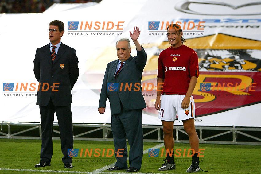 Roma 25/8/2003<br /> Presentazione AS Roma <br /> Fabio Capello, il presidente Franco Sensi e Francesco Totti <br /> Foto Staccioli / Insidefoto