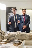 """Die Skulpturensammlung und das Museum fuer Byzantinische Kunst der Staatlichen Museen zu Berlin restaurieren derzeit 59 Kunstwerke, von denen viele im Zweiten Weltkrieg in den Flakbunker Friedrichshain ausgelagert wurden und dort schwere Schaeden durch zwei verheerende Braende erlitten haben. Unter den Skulpturen und Reliefs der Renaissance-Zeit finden sich u.a. Meisterwerke wie Donatellos """"Madonna mit vier Cherubim"""" (um 1440) und Tullio Lombardos Schildtraeger (Ende 15. Jh.).<br /> Dank der grosszuegigen Foerderung der Ernst von Siemens Kunststiftung konnte 2017 ein umfassendes Restaurierungs- und Forschungsprojekt fuer die Bestaende des Bode-Museums gestartet werden, die von den Spuren der Braende und ihrer dramatischen Geschichte in und nach dem Krieg gezeichnet sind. Im Rahmen der Initiative KUNST AUF LAGER werden adaequate Restaurierungs- und Ergaenzungsmassnahmen erarbeitet und durchgefuehrt – mit dem Ziel, viele dieser Hauptwerke nach mehr als 70 Jahren wieder der Oeffentlichkeit praesentieren zu koennen.<br /> Im Bild: Teile der Skulpturen """"Schildtrager"""" von Tullio Lombardo.<br /> Vlnr.: Martin Hoernes, Generalsekretaer der Ernst von Siemens Kunststiftung;<br /> Julien Chapuis, Leiter der Skulpturensammlung und Museum fuer Byzantinische Kunst – Staatliche Museen zu Berlin.<br /> 10.4.2018, Berlin<br /> Copyright: Christian-Ditsch.de<br /> [Inhaltsveraendernde Manipulation des Fotos nur nach ausdruecklicher Genehmigung des Fotografen. Vereinbarungen ueber Abtretung von Persoenlichkeitsrechten/Model Release der abgebildeten Person/Personen liegen nicht vor. NO MODEL RELEASE! Nur fuer Redaktionelle Zwecke. Don't publish without copyright Christian-Ditsch.de, Veroeffentlichung nur mit Fotografennennung, sowie gegen Honorar, MwSt. und Beleg. Konto: I N G - D i B a, IBAN DE58500105175400192269, BIC INGDDEFFXXX, Kontakt: post@christian-ditsch.de<br /> Bei der Bearbeitung der Dateiinformationen darf die Urheberkennzeichnung in den EXIF- und  IPTC-Daten nicht entfern"""