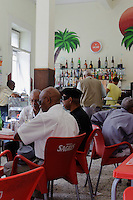 im Café Portugal, Mindelo, Sao Vicente, Kapverden, Afrika