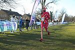 2019-02-17 Hampton Court Half 104 PT finish rem