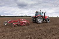 14-4-2021 Working land down before drilling sugar beet in Lincolnshire <br /> ©Tim Scrivener Photographer 07850 303986<br />      ....Covering Agriculture In The UK....