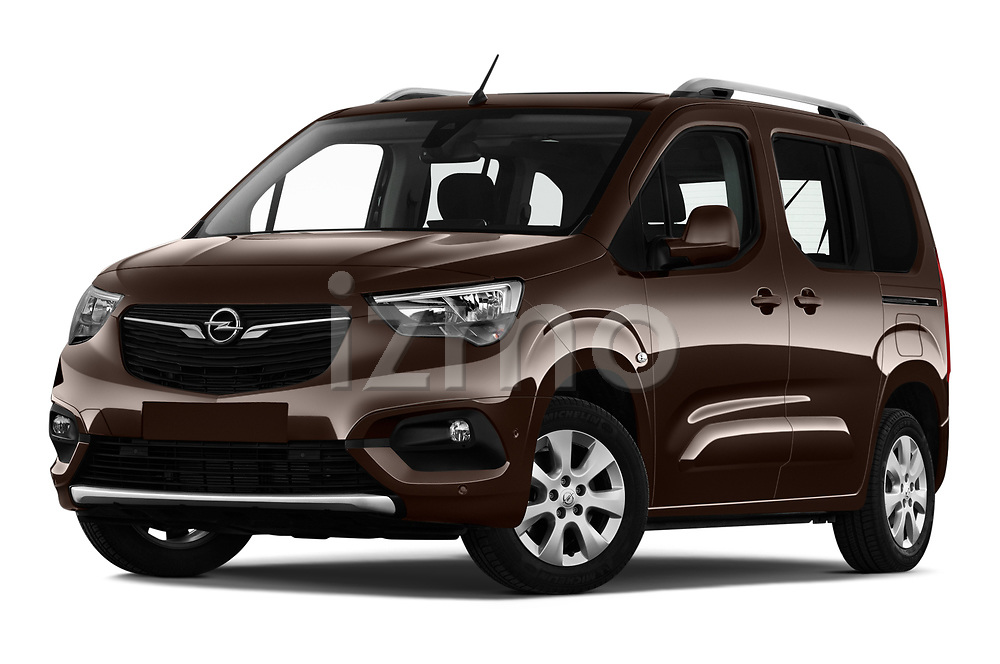 Stock pictures of low aggressive front three quarter view of 2019 Opel Combo-Life Innovation 5 Door Mini Mpv Low Aggressive