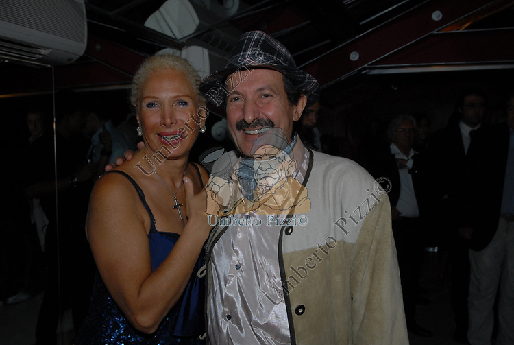 CONNY CARACCIOLO E ANGELO CICCIO NIZZO<br /> PARTY DI PAOLO PAZZAGLIA<br /> PALAZZO FERRAJOLI ROMA 2009