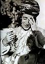 Iraq 1935  Hafsa Khan, wife of Sheikh Kader Barzinji, in her house of Suleimania     Irak 1935<br /> Hafsa Khan, femme de Sheikh Kader Barzinji, dans sa maison de Suleimania