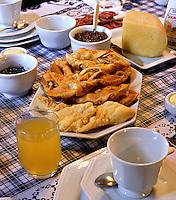 Mesa de cafe da manhã. Foto: Vinícius Romanini.