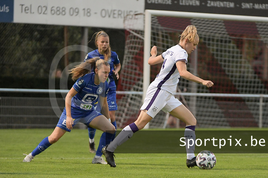 Amber Maximus (9) of Anderlecht and Alixe Bosteels (16) of AA Gent Ladies pictured during a female soccer game between RSC Anderlecht Dames and AA Gent Ladies  on the fourth matchday of the 2021 - 2022 season of Belgian Womens Super League , friday 10 th of September 2021 in Overijse , Belgium . PHOTO SPORTPIX   DIRK VUYLSTEKE
