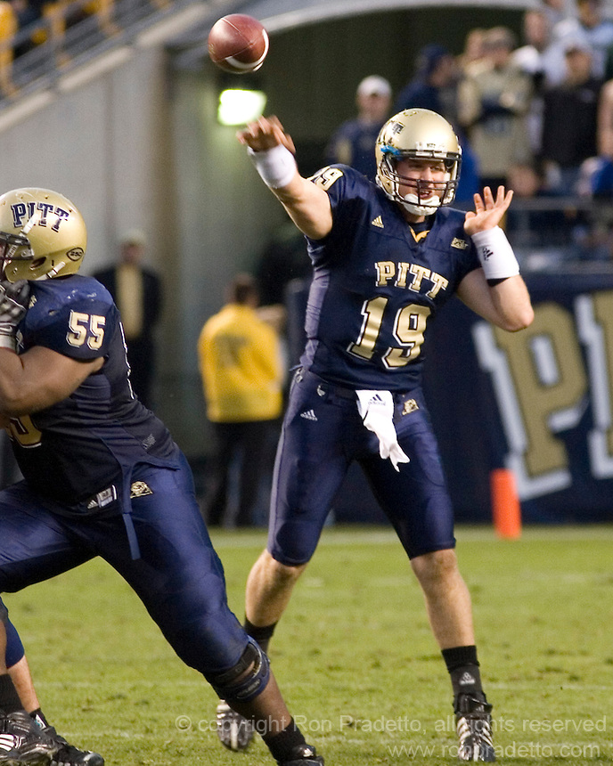 October 25, 2008: Pitt quarterback Pat Bostick. The Rutgers Scarlet Knights defeated the Pitt Panthers 54-34 on October 25, 2008 at Heinz Field, Pittsburgh, Pennsylvania.