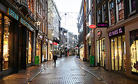 Nederland  Amsterdam - 12-01- 2021.   Lockdown. Kalverstraat.   Foto : ANP/ HH / Berlinda van Dam