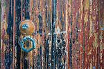 scuola san donato porte, portoni, maniglie e serrature di sassari, Italia<br /> doors, handles and locks in Sassari, Italy
