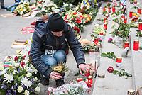 Offizielles Gedenken durch berliner Politiker am 2.Jahrestag des Terroranschlag durch den islamistischen Terroristen Anis Amri auf den Weihnachtsmarkt am Berliner Breitscheidplatz am 19. Dezember 2016.<br /> Im Bild: .<br /> 19.12.2018, Berlin<br /> Copyright: Christian-Ditsch.de<br /> [Inhaltsveraendernde Manipulation des Fotos nur nach ausdruecklicher Genehmigung des Fotografen. Vereinbarungen ueber Abtretung von Persoenlichkeitsrechten/Model Release der abgebildeten Person/Personen liegen nicht vor. NO MODEL RELEASE! Nur fuer Redaktionelle Zwecke. Don't publish without copyright Christian-Ditsch.de, Veroeffentlichung nur mit Fotografennennung, sowie gegen Honorar, MwSt. und Beleg. Konto: I N G - D i B a, IBAN DE58500105175400192269, BIC INGDDEFFXXX, Kontakt: post@christian-ditsch.de<br /> Bei der Bearbeitung der Dateiinformationen darf die Urheberkennzeichnung in den EXIF- und  IPTC-Daten nicht entfernt werden, diese sind in digitalen Medien nach §95c UrhG rechtlich geschuetzt. Der Urhebervermerk wird gemaess §13 UrhG verlangt.]