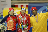 SCHAATSEN: Jevgeni Lalenkov, Jeremy Wotherspoon, Shani Davis, ©foto Martin de Jong